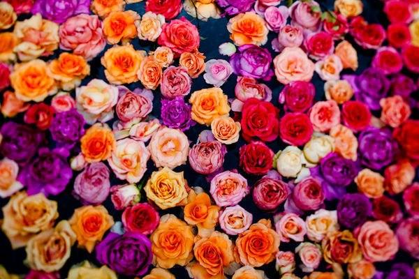 Закажи доставку цветов – получи массу позитива